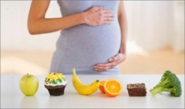Pregnant mom with food